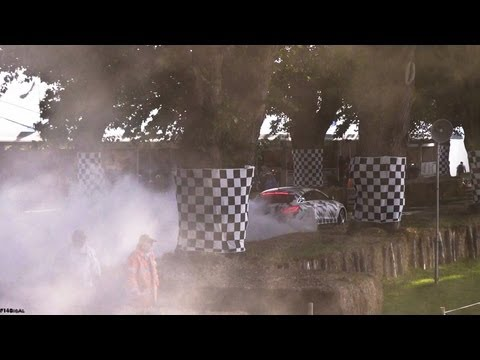 EPIC BURNOUT Merc CLS63 AMG Shooting Brake