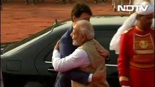 Justin Trudeau Finally Gets PM Modi's Bear Hug - NDTV