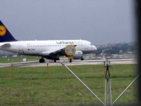 Atterraggio e immediato decollo Lufthansa dalla Rwy 24 di Napoli Capodichino