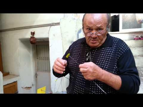 Ο παππούς από τη Καλογρέζα, ψάρεμα απίκο με ελατήριο!