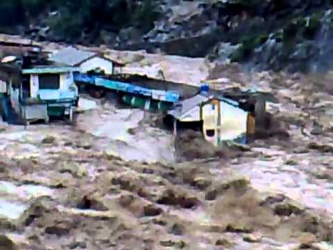 Flood In River Swat At Behrain 2