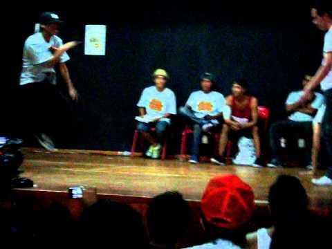 bboy zeus y bboy cris one vs bboy do y bgirl ketzal arka san luis 2012