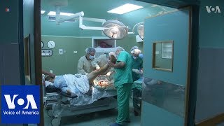 Patients with gunshot wounds in Gaza Hospital - VOAVIDEO