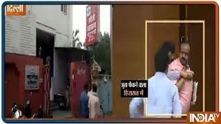 जानें कौन है डॉ. शक्ति भार्गव जिसने BJP हेडक्वार्टर में Gvl Narasimha पर फेंका जूता - INDIATV