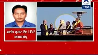 Nepal PM takes Modi-Sharif aside, mediates talks - ABPNEWSTV