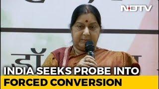Sushma Swaraj Seeks Report On Alleged Kidnapping Of 2 Hindu Girls In Pak - NDTV