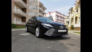 2019 Toyota Camry Hybrid | First drive | Living Cars - NEWSXLIVE
