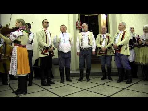 PRAHA-Vystoupení kyjovských Tetek a zpěváků z Horňácka s muzikou J.Petrů,M.Hrbáče,M.Minkse 2.