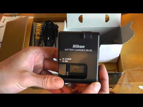 Nikon D7000 And 18-105 VR Lens Kit Unboxing