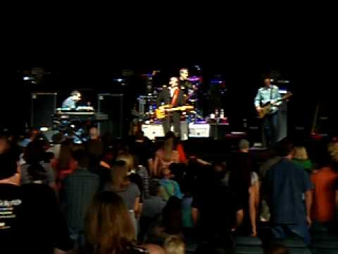 Elvis Costello & The Imposters live