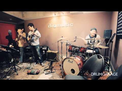 [Drummer KhaN] Charli..