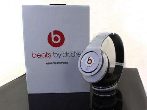 Unboxing - Monster Beats by Dr Dre Studio Edition Headphones