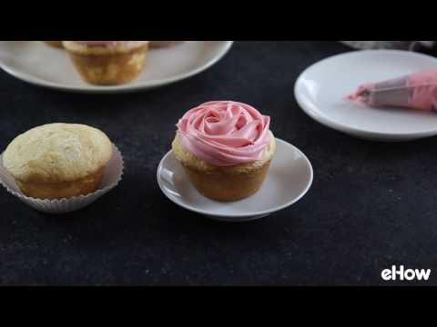 How to Decorate Your Cupcake to Look Like a Rose