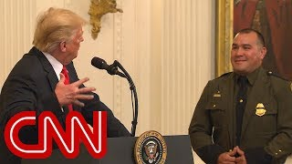 Trump says border agent 'speaks perfect English' - CNN