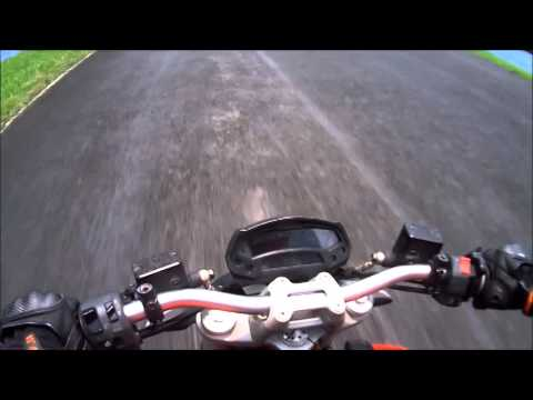 Circuit Test Ducati Monster795
