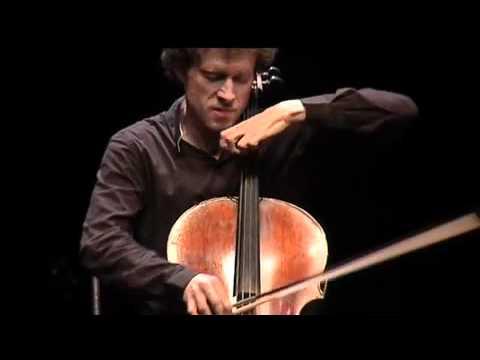 Rythme Futur - Django Reinhardt; Salque Peirani Strouk Trio live @ Aubagne 2010