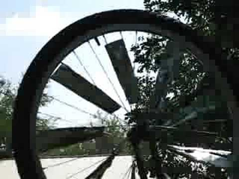 Redneck windmill (out of bike wheel)