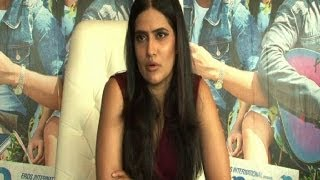 Singer Sona Mohapatra gets candid - Bollywood Country Videos - BOLLYWOODCOUNTRY