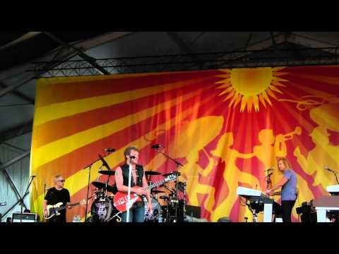 Runaway Live Bon Jovi New Orleans Jazz Fest April 30, 2011 04/30/2011 live in HD