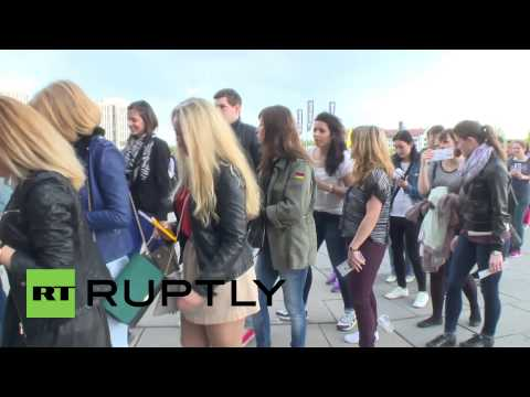 Germany: Timberlake fans bring sexy back to Berlin