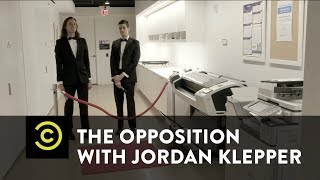 Glitz, Glamour and Lies: The Fake News Awards Red Carpet - The Opposition w/ Jordan Klepper - COMEDYCENTRAL