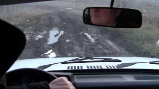 Cam așa se parcurg drumurile înnoroite din R.Moldova