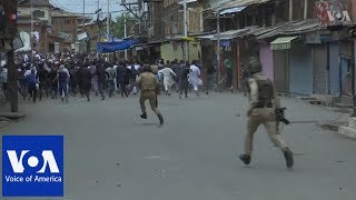 Police clash with protesters in Kashmir - VOAVIDEO
