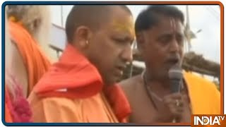 72 घंटे के रोक के बाद आज फिर हुंकार भरेंगे Yogi Adityanath और Azam Khan - INDIATV