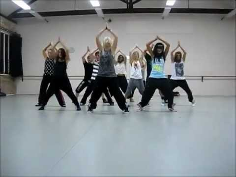 "[MIRRORED] ""On the floor"" choreography by Jasmine Meakin"
