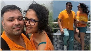 Anchor Anasuya Bhardwaj Wedding Anniversary Celebrations Adorable Moments - RAJSHRITELUGU