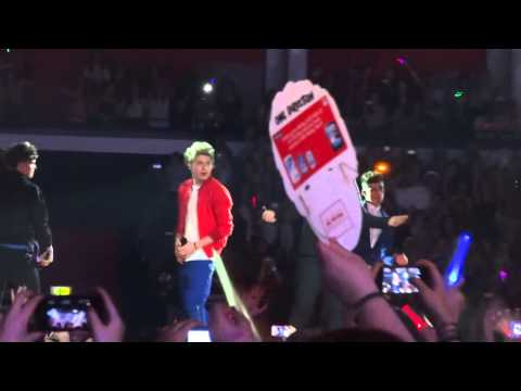 One Direction - Teenage Kicks - Cardiff