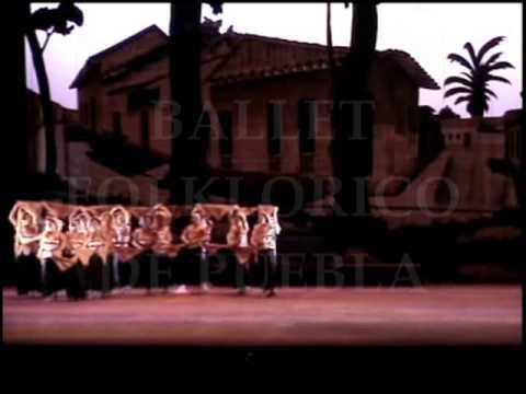 Ballet Folklorico de Puebla. Danza de flores y Danza del petate florido.