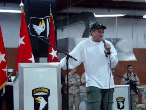 Robin Williams in Mosul Iraq USO Tour Dec 2003