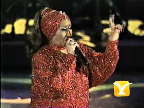 Celia Cruz, La vida es un carnaval
