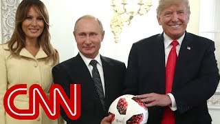 Internet warns Trump about Putin's gift - CNN