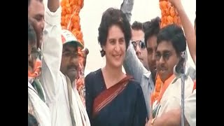 Priyanka Gandhi to kick off boat-ride campaign from Prayagraj tomorrow - ABPNEWSTV