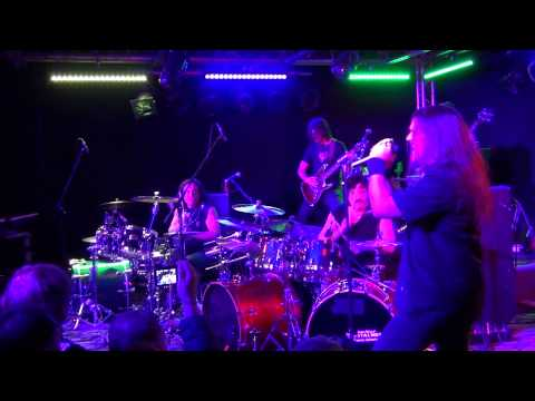 Mob Rules - Carmine Appice and Vinny Appice Drum Wars - Black Sabbath Cover