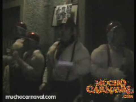 Sesión de La calle, la agrupación  actúa hoy en la modalidad de Callejeras.