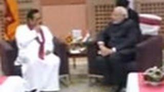 Narendra Modi meets Sri Lankan President Mahinda Rajapaksa - TIMESNOWONLINE