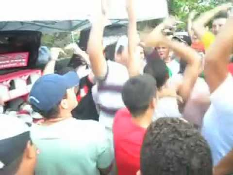 disputa de som automotivo em fortim-park-show.AVI