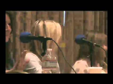 BroNYcon Interview with Ashleigh Ball, Andrea Libman, and Nicole Oliver! (2/5)