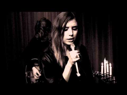 Lykke Li - Youth Knows No Pain (Acoustic)