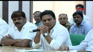 Minister KTR Fires On GHMC Officials Over Irregularities In Roads | CVR News - CVRNEWSOFFICIAL