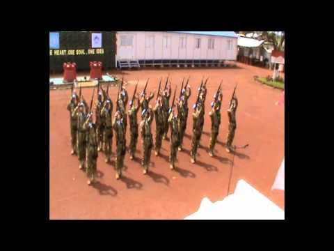 Kolone Senapan HUT  TNI GARUDA XX-H.mp4