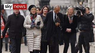 Breaking News: Tory MPs resign to join Independent Group - SKYNEWS