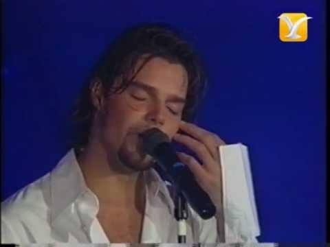 Ricky Martin, Te Extraño, Te Olvido, Te Amo