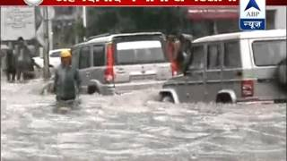 Heavy rains lash parts of Gujarat including Ahmedabad; flood-like situation in Valsad - ABPNEWSTV