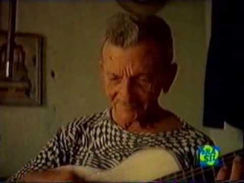 Pinto do Monteiro, o famoso repentista aos 82 anos