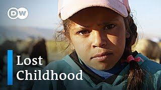 Lost childhood: Refugee child labor in Lebanon | DW Feature - DEUTSCHEWELLEENGLISH