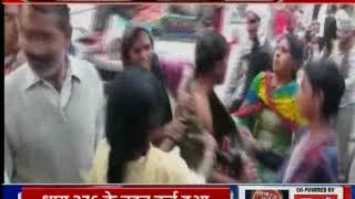 UP bulandshahr: भाभी ने की बीच सड़क देवर की पिटाई - ITVNEWSINDIA